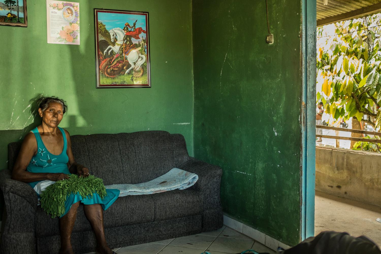 Dona Hilda Lourenço, nativa de Regência, falecida em janeiro, aos 73 anos, era a porta-voz da vila, uma líder comunitária mesmo sem se filiar a associações locais.