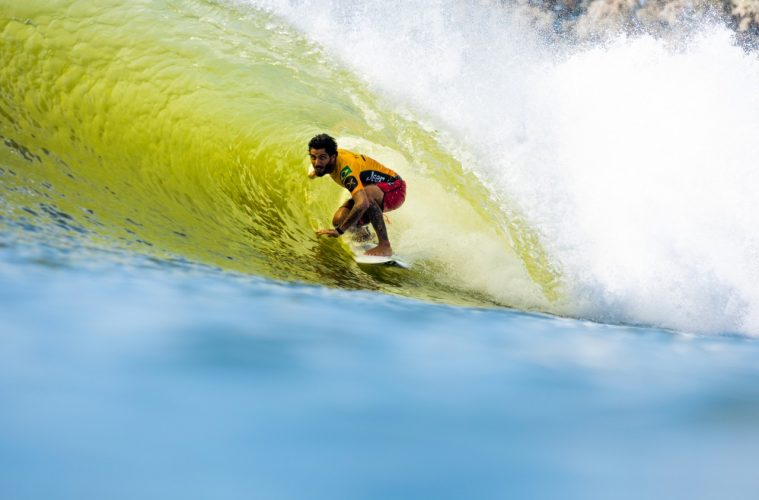 Filipe Toledo no Freshwater Pro
