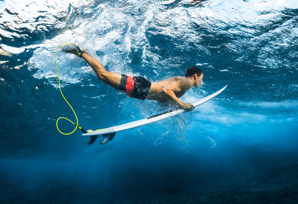 Confira estes exercícios de aquecimento para o surf e entre na água mais confiante, além de prevenir os riscos de lesão