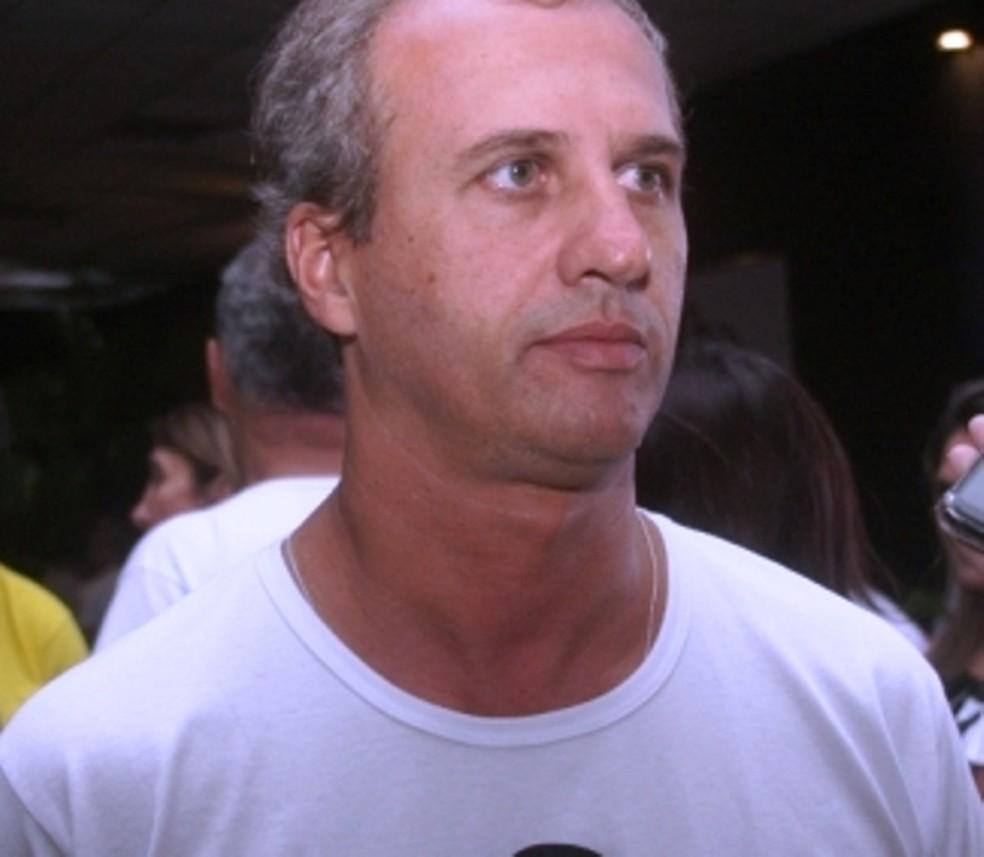 Empresário Guto Leite morre em Quissamã depois de ficar preso em rede de pesca enquanto surfava — Foto: Reprodução