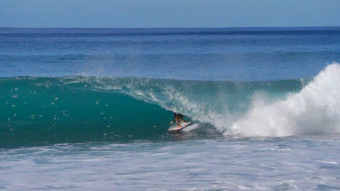 surf perigoso no havaí