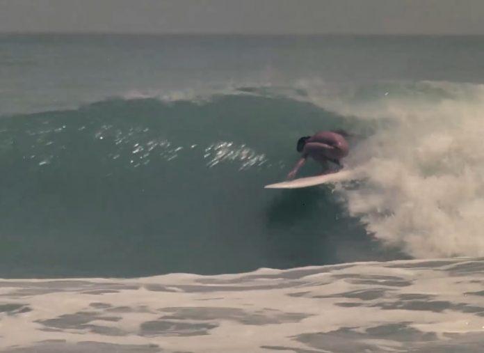 """""""Nas Ondas do Surf"""" entra para o acervo da EOS"""