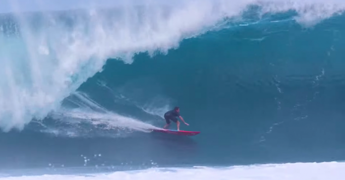 Mark Healey vence Wave Of The Winter 2020/21