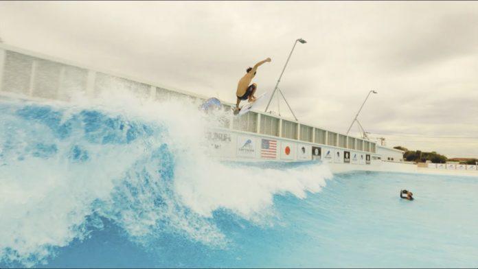 Conheça esta piscina de ondas perfeitas no Japão