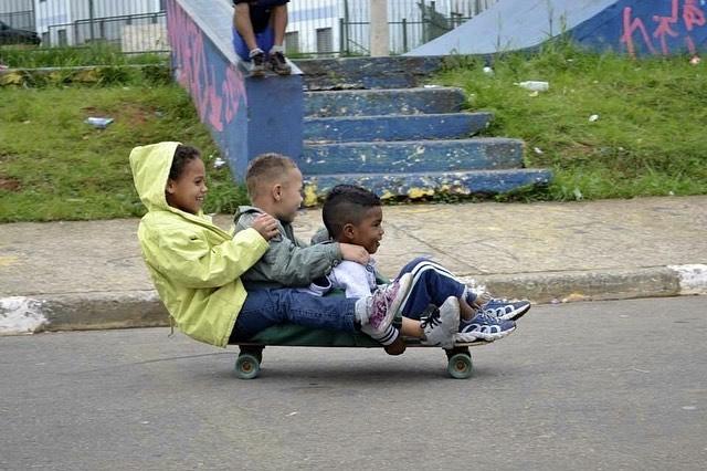 Parceria envolve ações sociais e skate na Zona Leste de SP